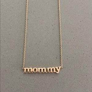Jennifer Meyer 'mommy' necklace